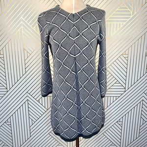 J. Mclaughlin Gray Geometric Zipper Sweater Dress